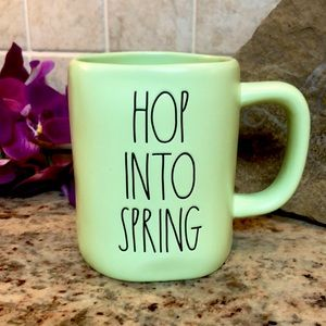 """🆕 2/$40RAE DUNN """" HOPE INTO SPRING """" CUP"""